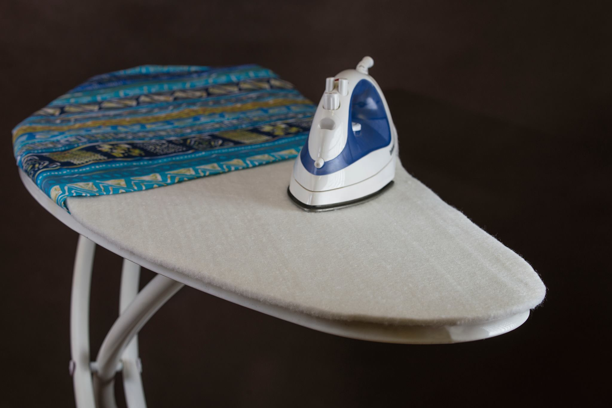 Felt lining to ironing boards
